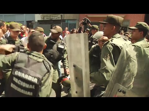 Ousted Venezuela prosecutor flees on motorbike