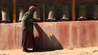 Монастырь Бон, Долина Гаруды, Тибет, Кайлас. Bonpo, Tibet(Поклонение в бонском монастыре в долине р.Сатледж по дороге к Долине Гаруды. Кора вокруг Кайласа, Тибет:..., 2011-11-17T06:58:29.000Z)