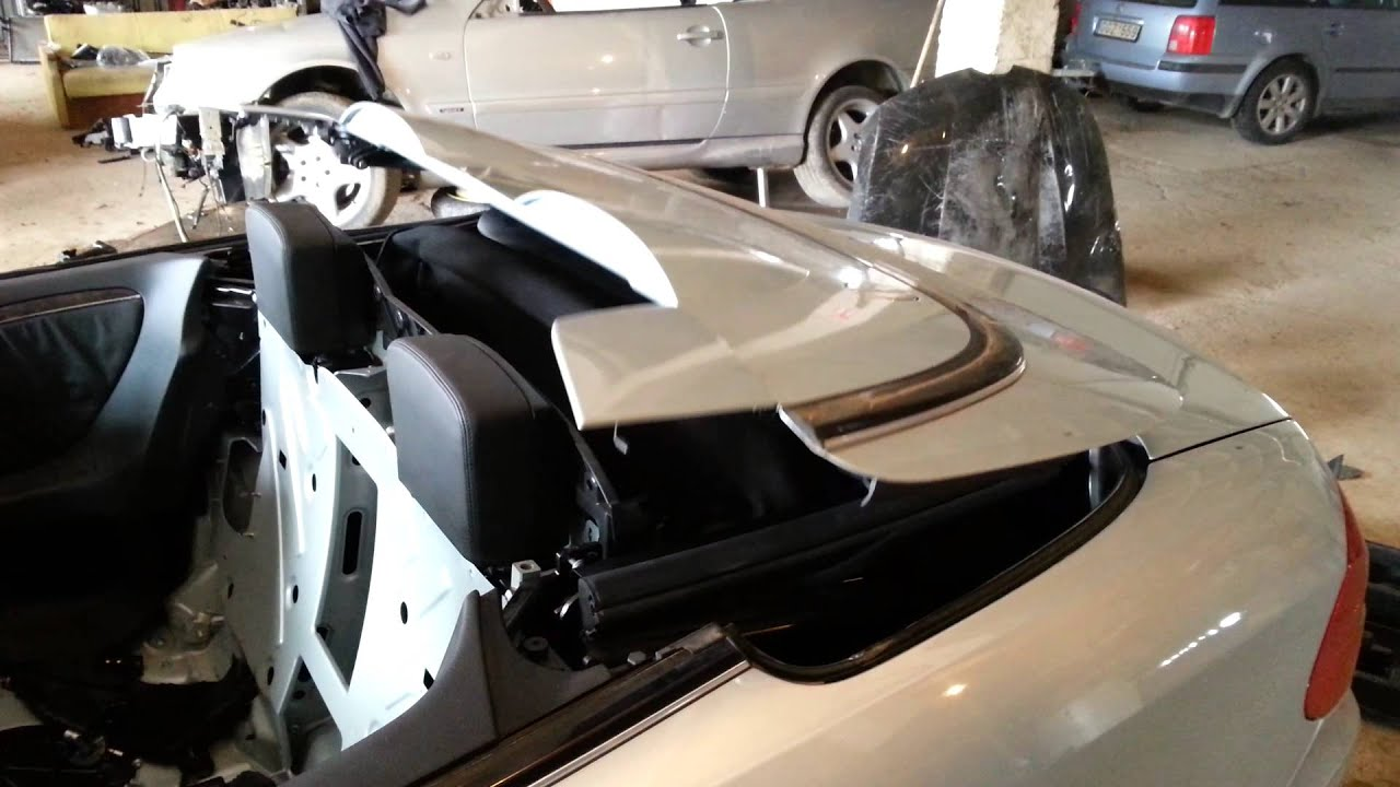 w209 roof opening youtube rh youtube com mercedes slk manual roof operation mercedes slk 230 manual roof operation
