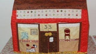 Capa para máquina de costura em patchwork e apliquê A casinha