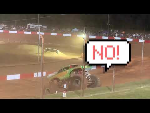 Monster truck freestyle at Dixie Speedway