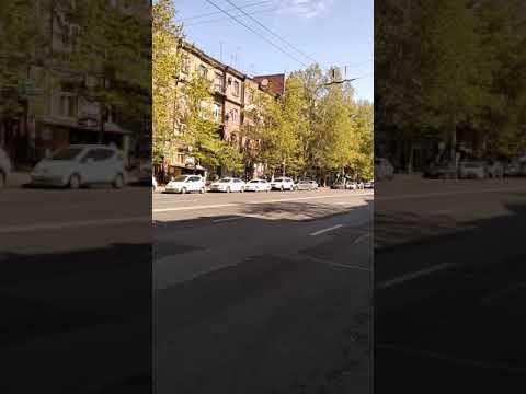Кортеж Медведева в Ереване 2019