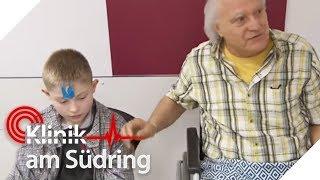 Nach Kopfplatzwunde: Ben (9) denkt, ein Fremder wäre sein Opa! | Klinik am Südring | SAT.1 TV