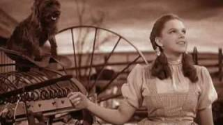 The wizard of Oz - O magico de Oz - somewhere over the rainbow.wmv