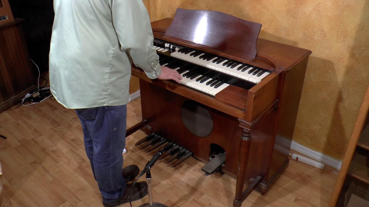 B3 vs M3 Hammond Organ