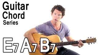beginner guitar chords 10 e7 a7 and b7 chords
