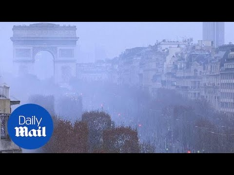 Paris coated in smog of tear gas as Yellow Vest protests continue