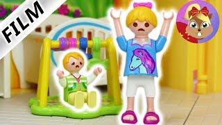 摩比游戏 Playmobil 玩偶影片 汉娜的第一个工作, 照顾小朋友