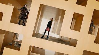 Download lagu Versace Fall-Winter 2021 | Fashion Show