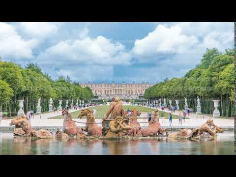Apollo fountain in the Versailles Palace park timelapse, Ile de France