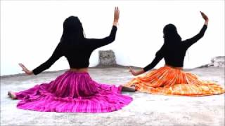 Mohe Rang Do Laal dance performance