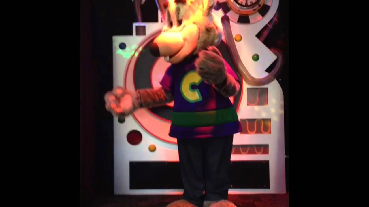 Chuck E Cheese Animatronic Malfunction