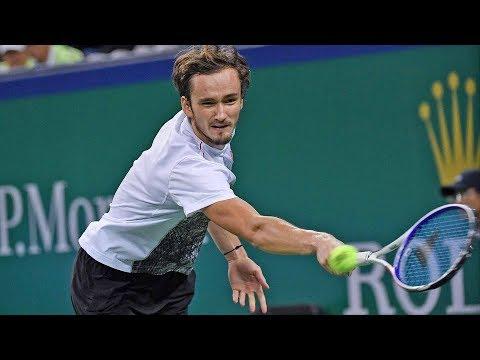 Hot Shot: Medvedev Bamboozles Federer With Backspin Volley
