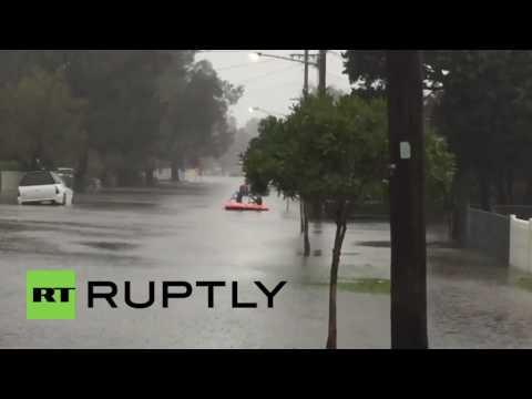 Australia: 500 evacuated as floods hit Sydney, New South Wales
