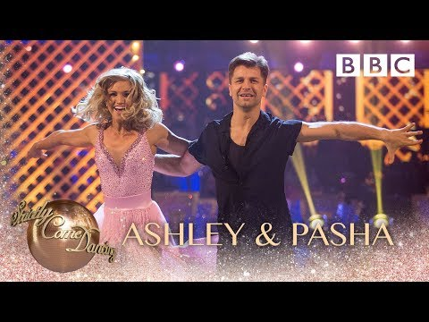 Ashley Roberts & Pasha Kovalev Salsa to '(I've Had) The Time Of My Life' - BBC Strictly 2018