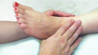 Массаж стопы. Техника проведения массажа стоп по активным точкам. Technique of massage the foot
