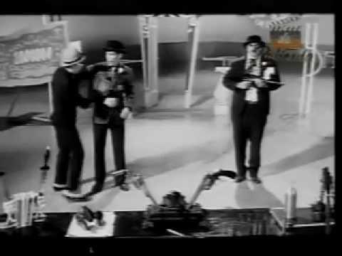 VIVIR DE SUEÑOS (1964)  -Enrique Guzmán - [Pelicula completa]