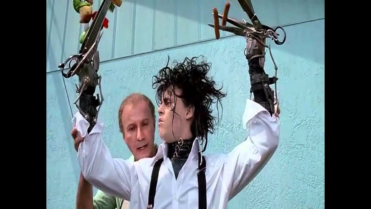 Watch Edward Scissorhands 1990 Free Online In This Modern Fairy Tale Edward Is A Gentle Naive Creation With Razor Sharp Scissors For Hands