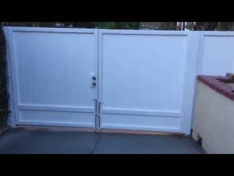 SHAW DIY STORIES - NEW HEAVY DUTY 6 FOOT STEEL PVC DRIVEWAY GATE INSTALL - LOS ANGELES 03-19-2018