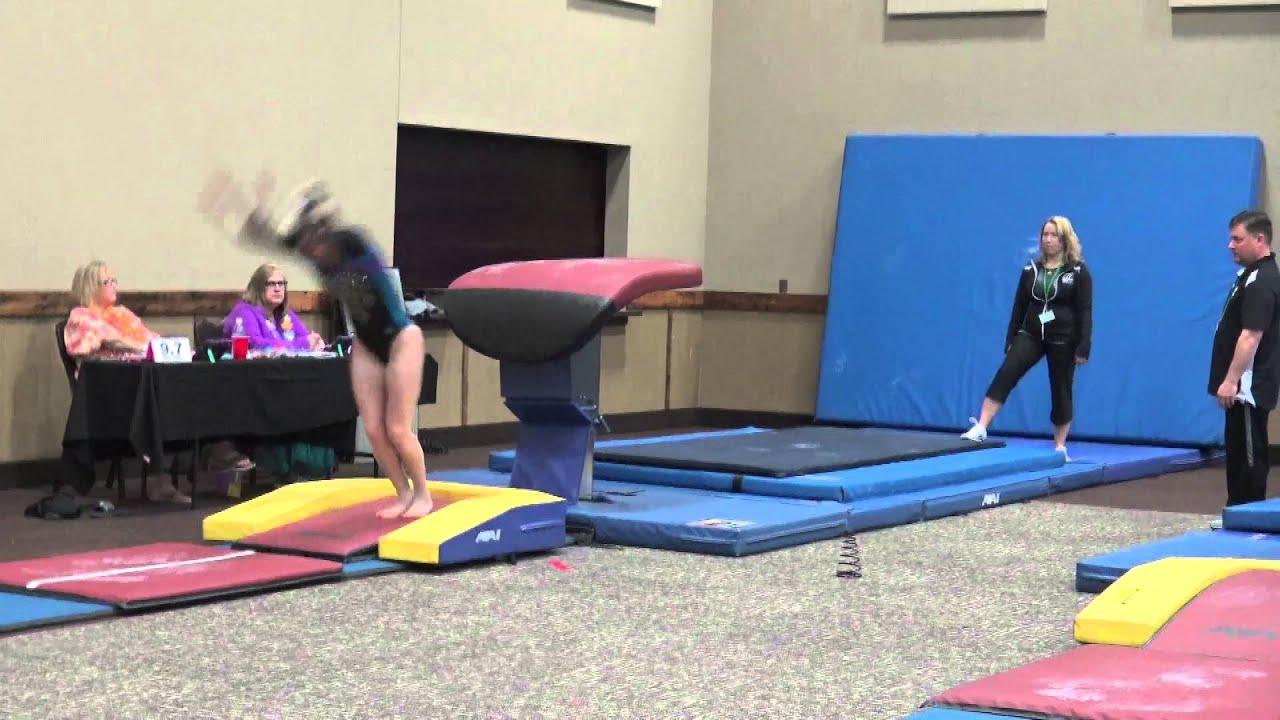 luau in leos gymnastics meet 2016