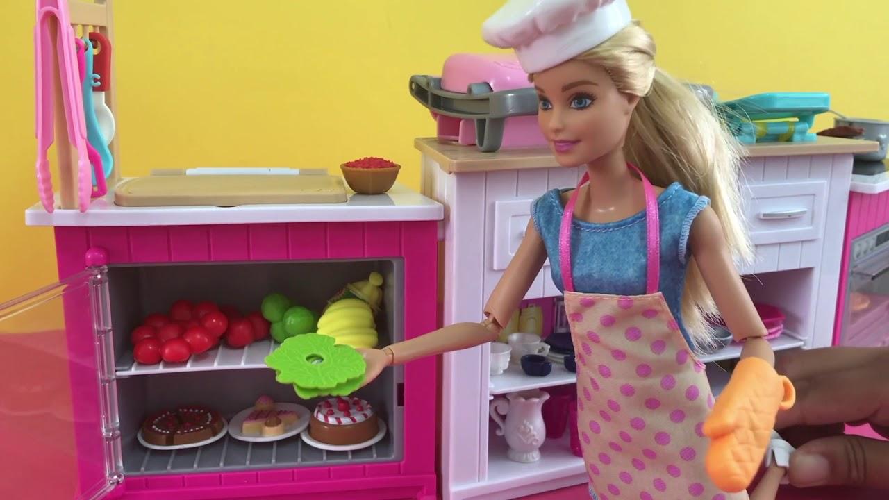 Juguetes De Barbie Cocina En Espanol Barbie Hace Pizza