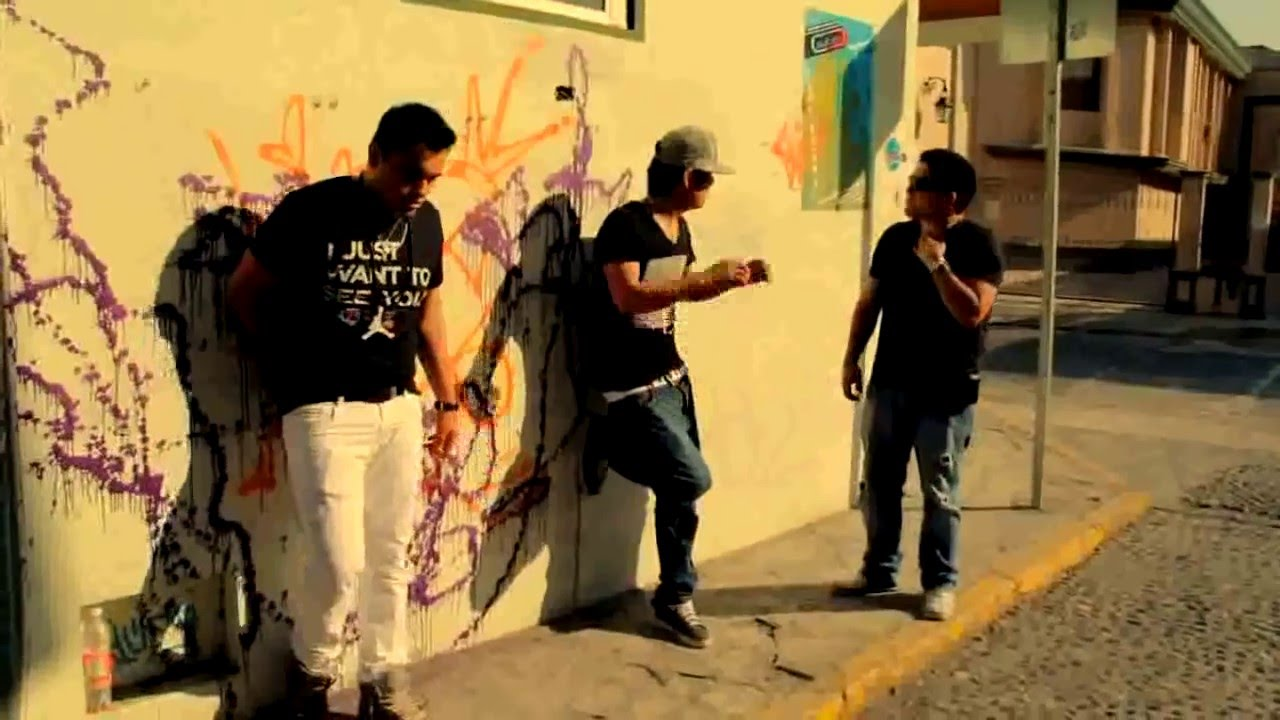 AQUI ESTOY - Mc Aese ft. Alfred Cave & Alejandro Bueno  (Video Oficial)