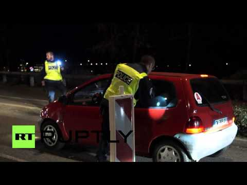 France: Armed police check every car at German border after Paris terror attacks