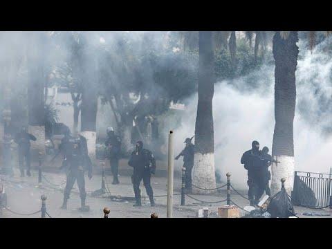 Manifestations sous tension en Algérie