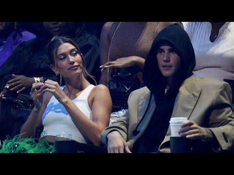 Justin Bieber and Hailey Bieber moment at VMAs 2021