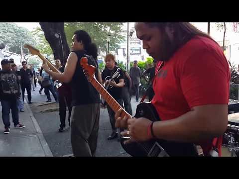 kasihnya laila-sentuhan buskers cover khalifah,goreng gitar power beb