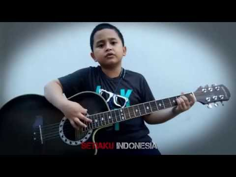 Six Years Old Boy Playing Guitar Deep Purple  Soldier Of Fortune