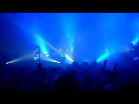 Sisters of Mercy - John, I'm only dancing LIVE  (Bowie cover) 23-02-11