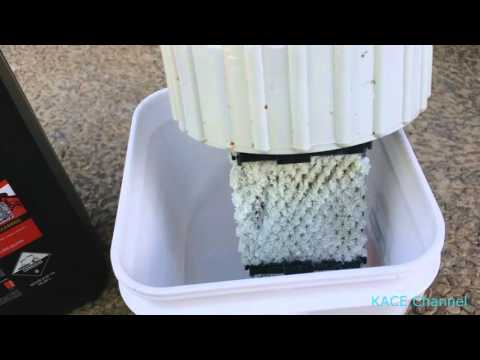How to clean remove residue from pool chlorinator cell