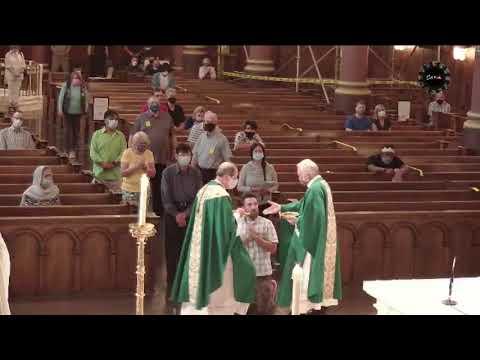 Bishop Solis Denies Man and Daughter Communion on Tongue