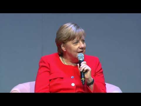 """Bundeskanzlerin Angela Merkel ganz privat: """"Ich kann kein Pokerface"""""""