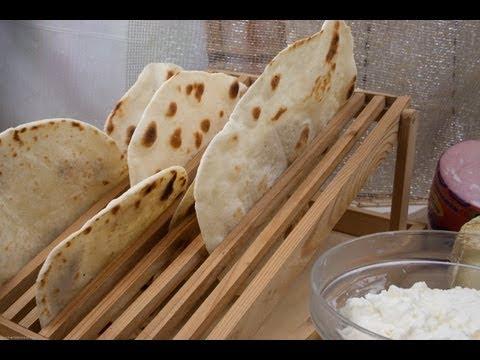 piadina: recette de base pour la pâte-première part - YouTube