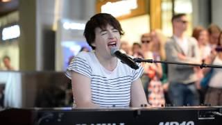 LIVE: Megan Washington performs