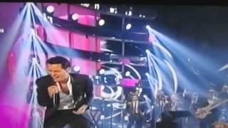 Vivir mi Vida Marc Anthony en los premios Billboard 2014