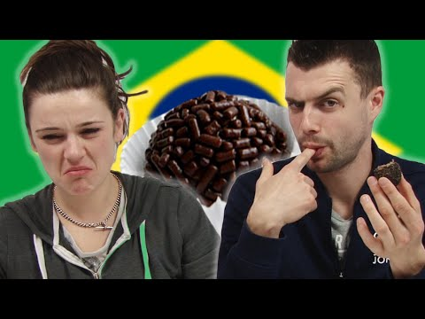 Irish People Try Brazilian Snacks
