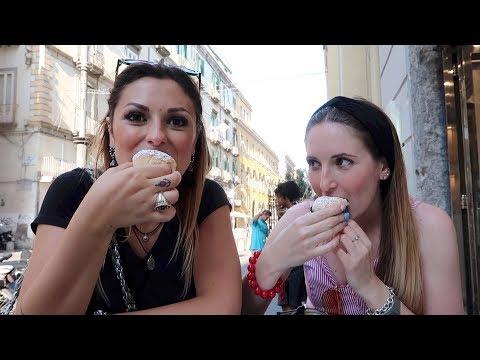 PRIMO GIORNO A NAPOLI E HO GIA' 2 KG IN PIU' - VlogOfTheDay 😋😍📸 MissCarla