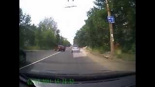 Показал средний палец - чини авто(0:20, затем 2:00 Подробности этого ДТП вы найдете на сайте http://videosdtp.ru Точная ссылка на это происшествие: http://videos..., 2013-07-11T17:27:34.000Z)