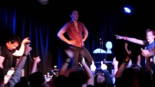 Art Brut - Modern Art (Live at Lexington Club, London, 02/06/11|)