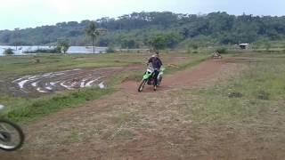 Kawasaki KlX 150 freestyle nyungseb