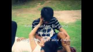 Mantan Terindah (Lyric) - Virasat Band