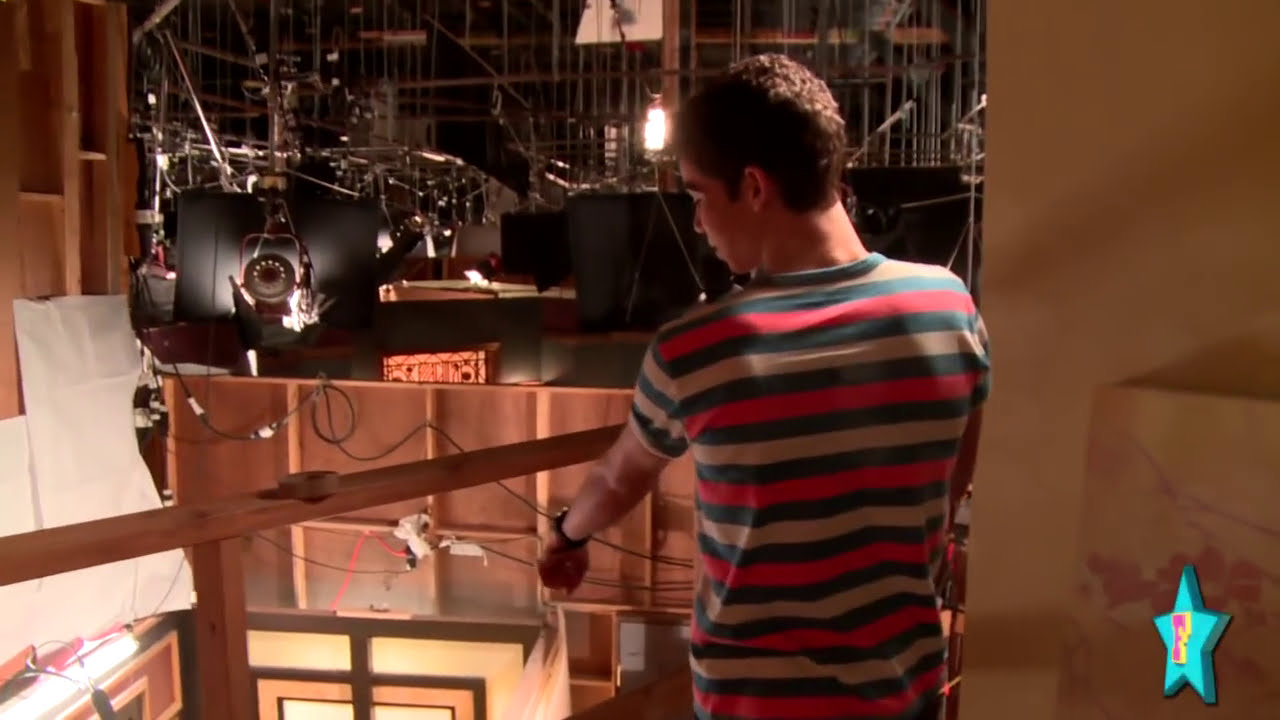 Behind The Scenes Of The Jessie Set With Cameron Boyce Part 2 Youtube
