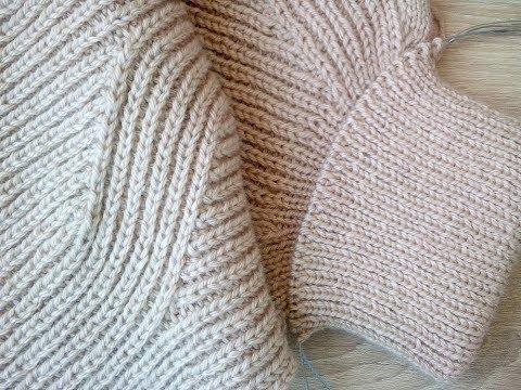 Свитер спицами в процессе, полупатентной резинкой. P.Lenty&Knit