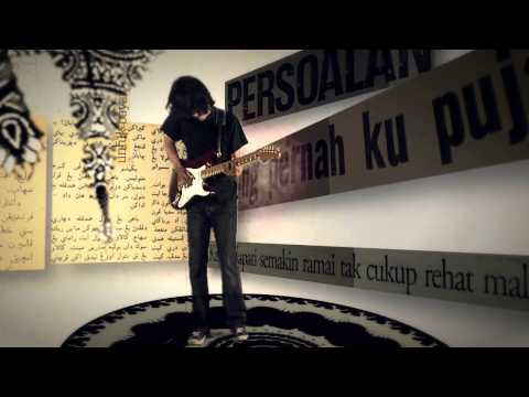 Download lagu Mp3 Pitahati - Bintang Biru Kristal Salju - Official Music Video gratis
