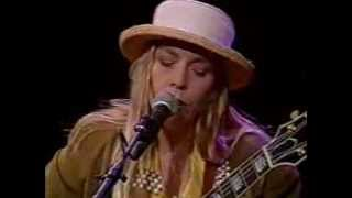 Watch Rickie Lee Jones Catch The Wind video