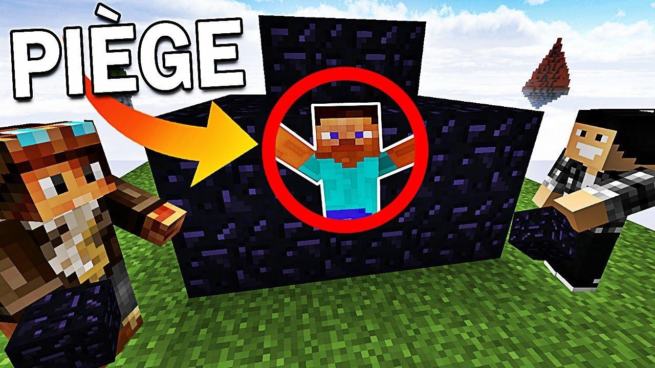 ON PIGE DES JOUEURS DANS NOTRE BASE Minecraft Bed