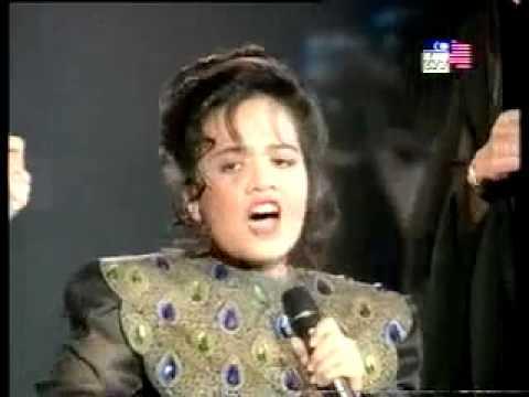 Di Akhir Garisan by Indonesian singer (desi fitri and Malaysia Singer)